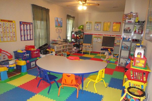 çocuklar için gündüz bakım evleri