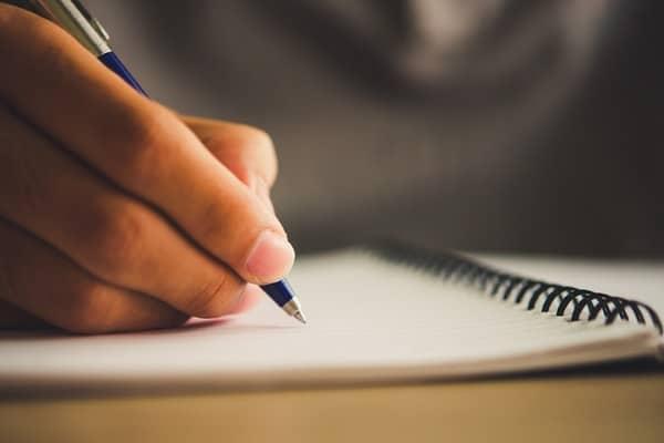 Ders Kitapları ve Soru Bankaları Hazırlamak